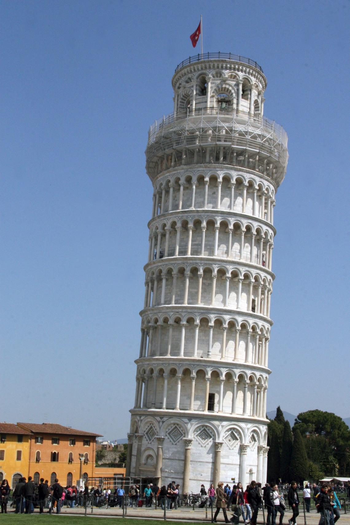 ItalyPisaTowerMar2011-3