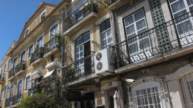 PortugalLisbonstreetsApril2013-5
