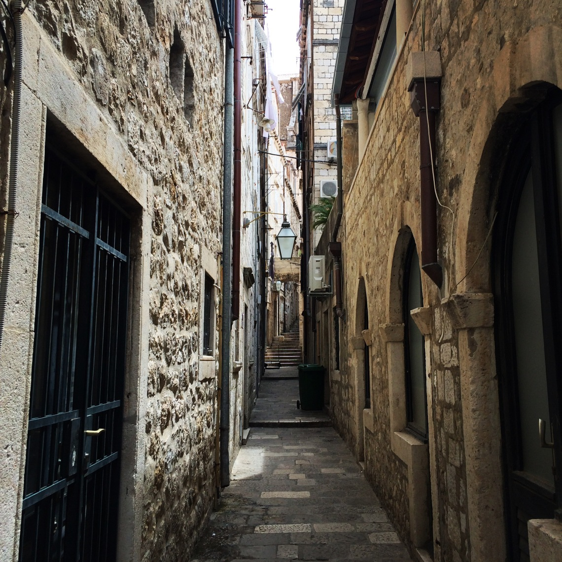 DubrovnikalleyCroatiaJune2016