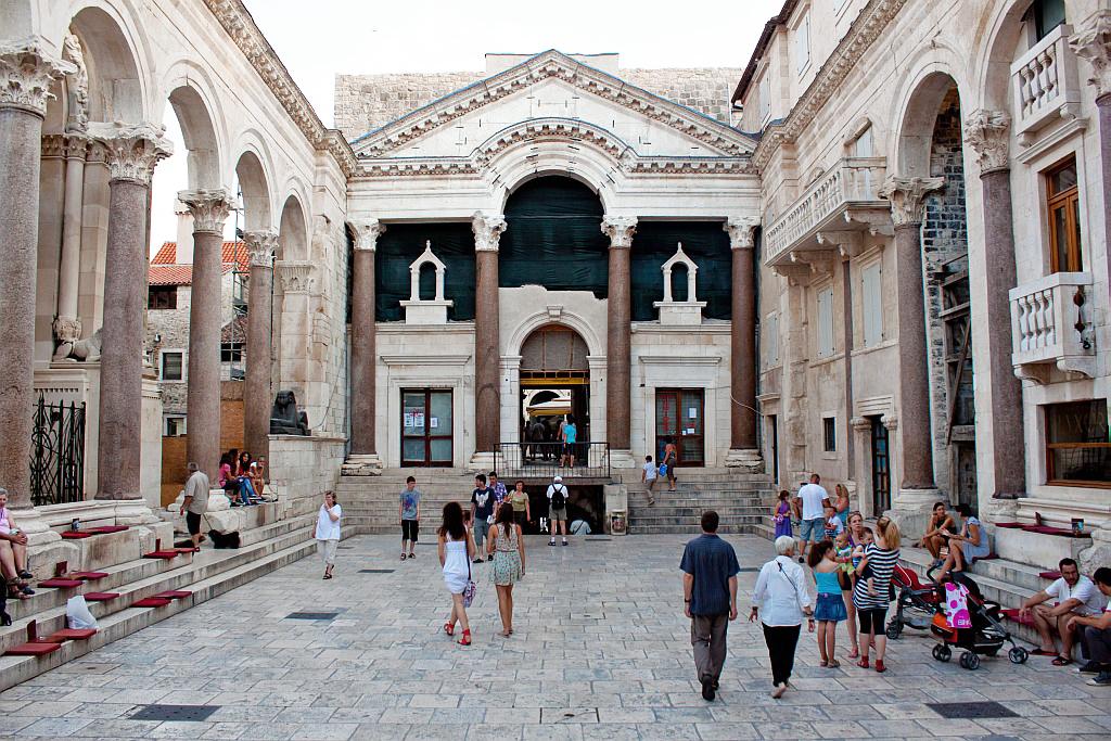 Split Palace