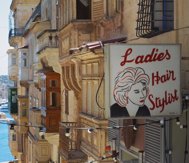 VallettastreetsignsJune2017-5