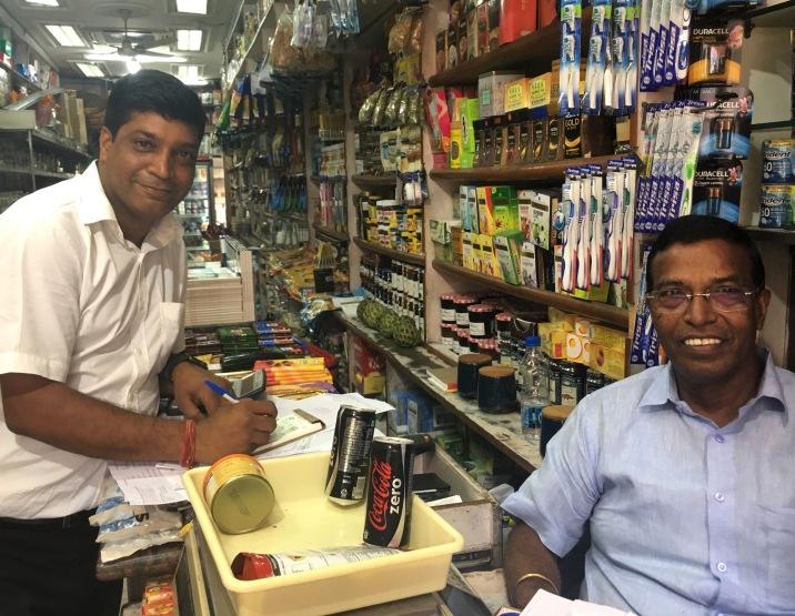 Delhi2017IndiaKhanMarket1