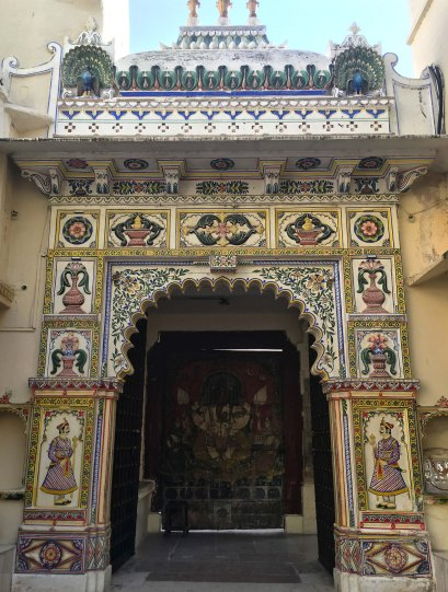 Udaipur2017IndiaCityPalace12small