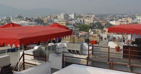 Udaipur2017IndiaMadriHavelirooftop6small