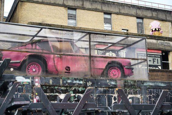 LondonJan2019BrickLane-14Banksy