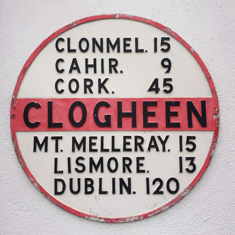 ClogheenTipperaryIrelandStreetsApril2017-1