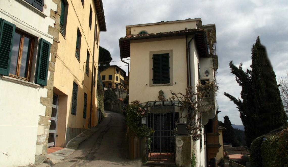 ItalyFiesoleMarch2011-5